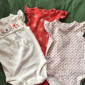 Carter's One Pieces - 3 pack onesies